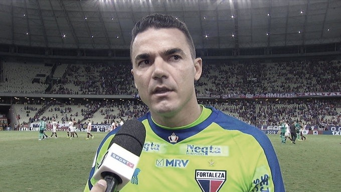 Felipe Alves critica VAR após derrota para o Flamengo com pênalti polêmico