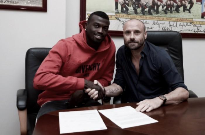 Criticado no Milan, atacante Niang acerta com Torino