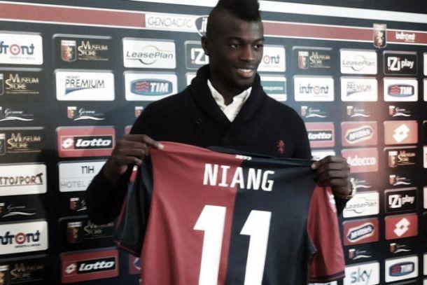 """Genoa, Niang si presenta: """"Vi conquisterò con gol e fantasia"""""""