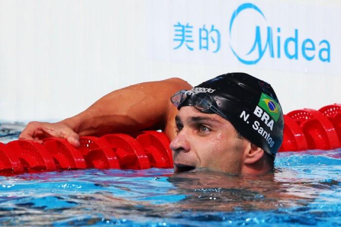 Nuoto - Campionati brasiliani, Nicholas Santos primo al mondo nei 50 farfalla