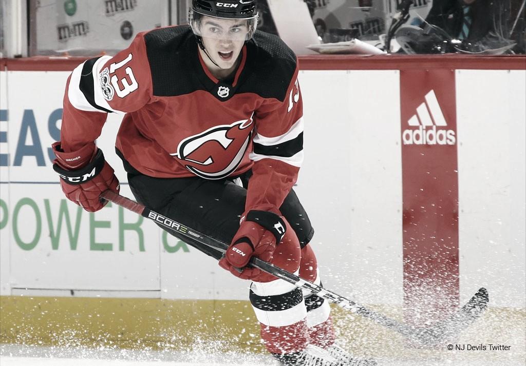 Nico Hischier se garantiza los próximos 7 años con los New Jersey Devils