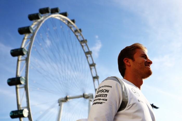 Singapore, a caccia di Rosberg