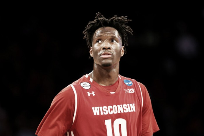 New York Knicks, Nigel Hayes agree to deal