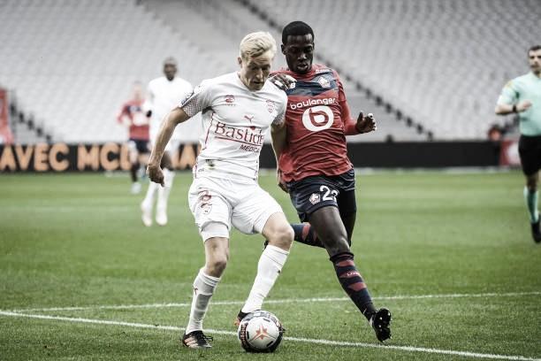 Nîmes surpreende, vence Lille fora de casa e ganha sobrevida em luta contra rebaixamento