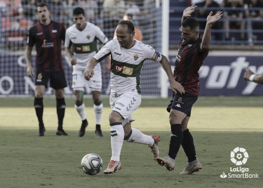 Imagen del encuentro entre Elche y Extremadura | Fuente: La Liga