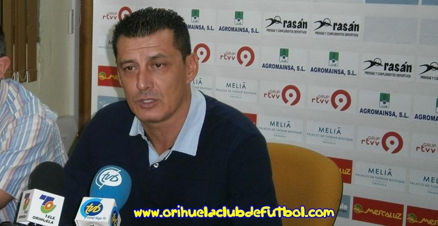 El Orihuela CF destituye a Nino Lema