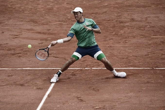 Nishikori conta com desistência de Laaksonen para avançar em Roland Garros 2021