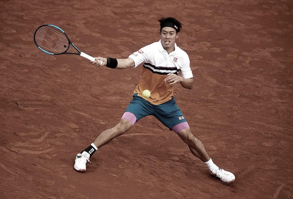 Nishikori passa por cima de Auger-Aliassime e vai às quartas em Barcelona