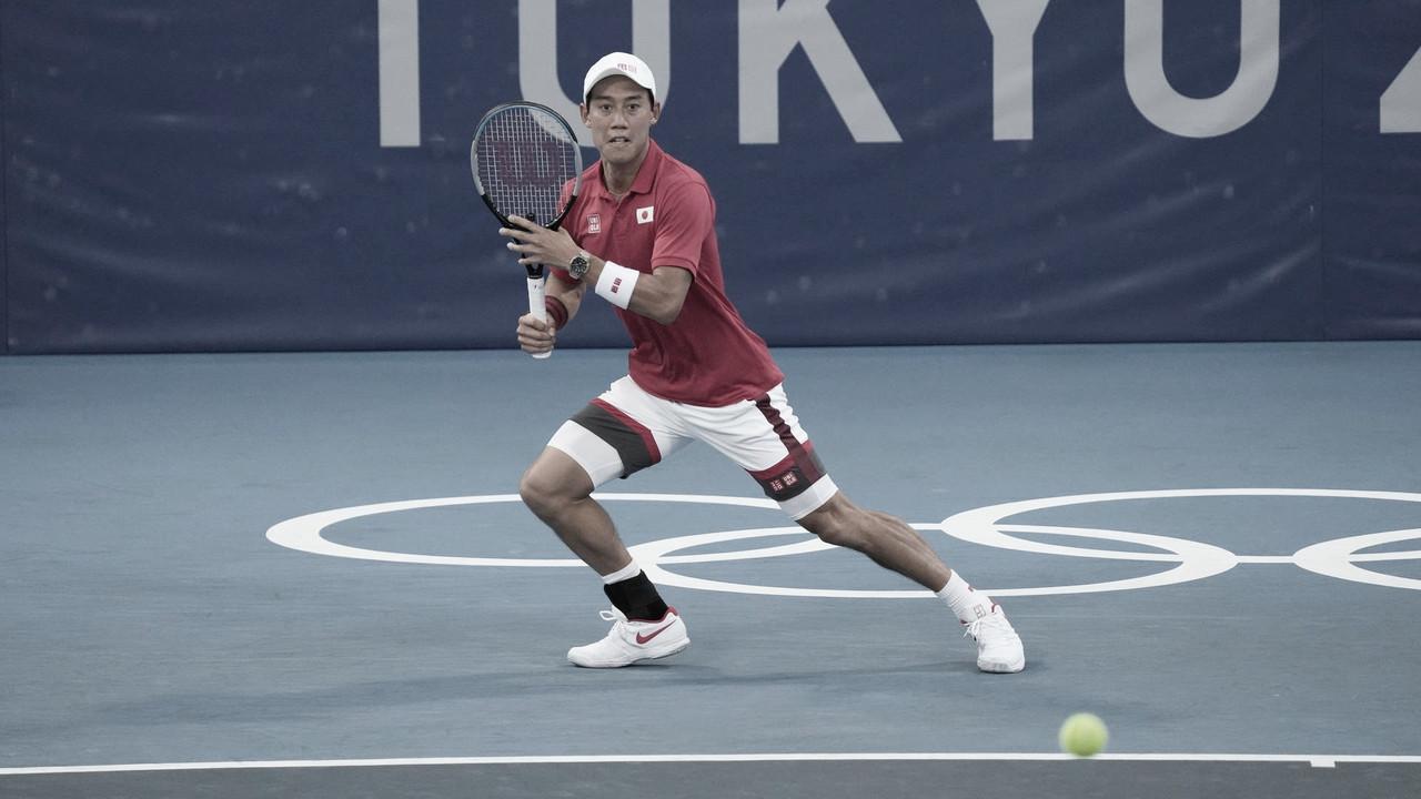 Nishikori surpreende Rublev e vence em casa nas Olimpíadas; Tsitsipas supera jogo duro