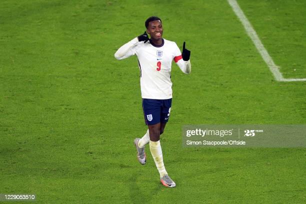 Michael Owen heaps praise on Arsenal's 'goal machine' Nketiah