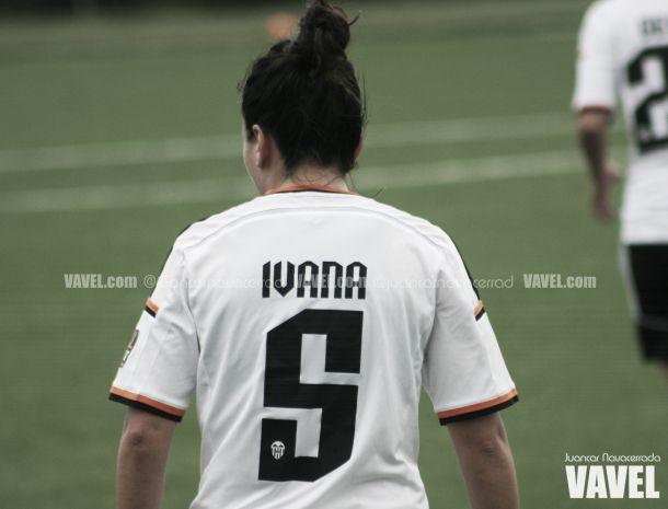 Ivana despierta del sueño