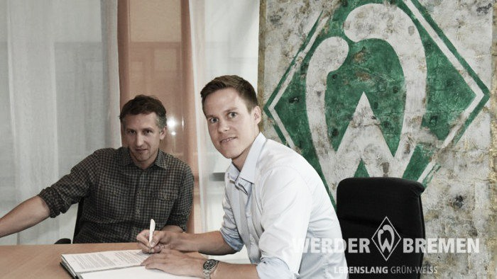 Moisander puts pen to paper at the ‎Weserstadion