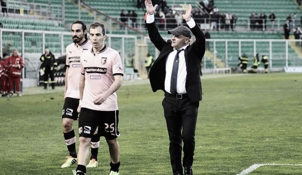Palermo stars rebel against board following sacking of coach