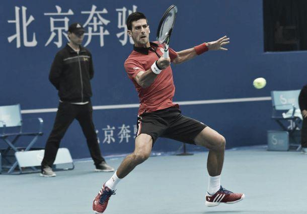 Atp Pechino, Djokovic disinnesca Isner e trova Ferrer. Nadal fatica contro Sock ma avanza