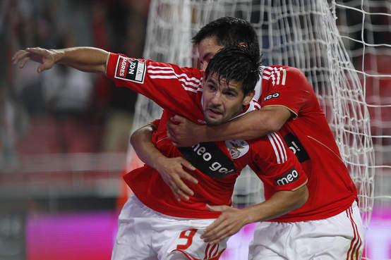 Rodrigo y Nolito brillan con el Benfica. El Porto aguanta el ritmo.