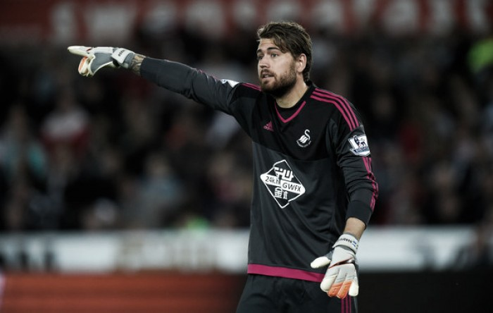Kristoffer Nordfeldt signs new Swansea City contract