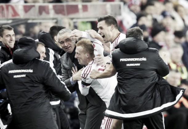 Hungria supera Noruega e sai em vantagem na repescagem da Eurocopa