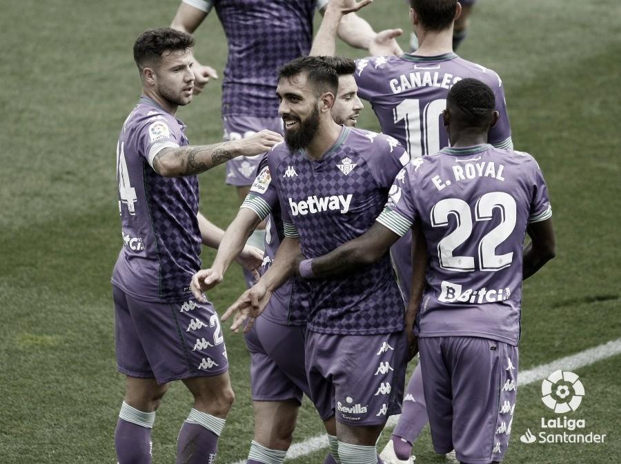 El parón frena la escalada del Betis (0-0)