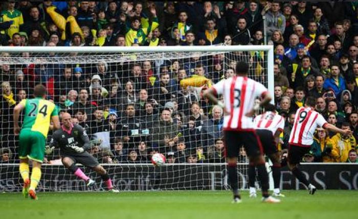 Borini-Defoe-Watmore: il Sunderland vince a Norwich e riapre il conto salvezza