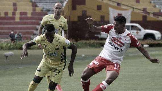 Alexander Mejía, buen debut con Santa Fe pese a la derrota contra Bucaramanga
