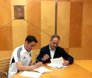 M. Jiménez renueva como entrenador del Zaragoza