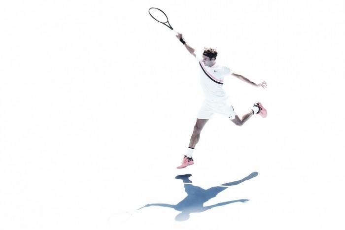 Federer continúa su camino con paso firme