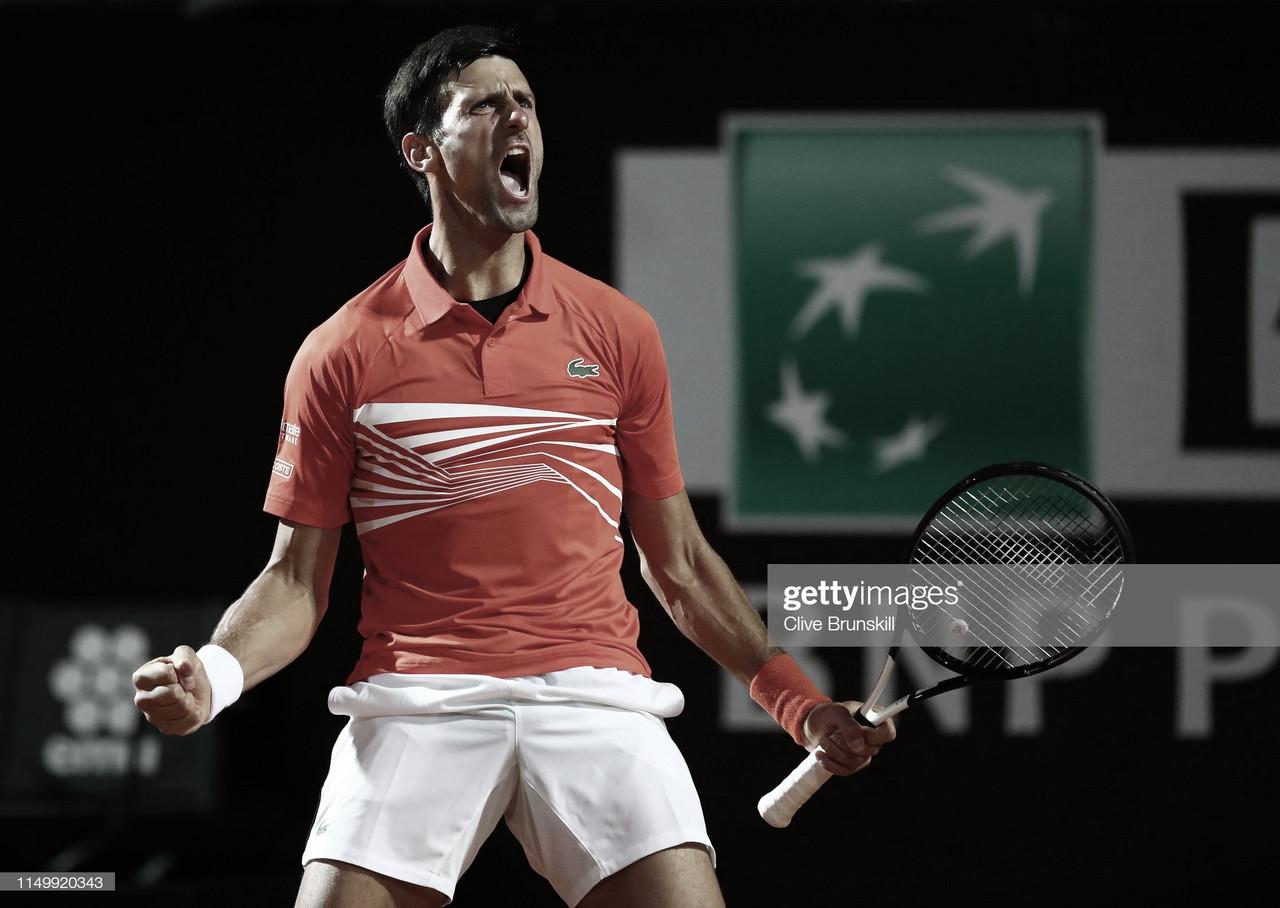 Djokovic sobrevive en una noche épica de tenis