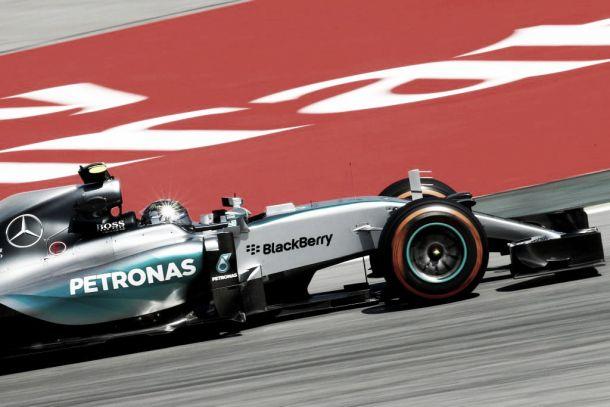 Rosberg quebra sequência de pole positions de Hamilton e larga na frente no GP da Espanha