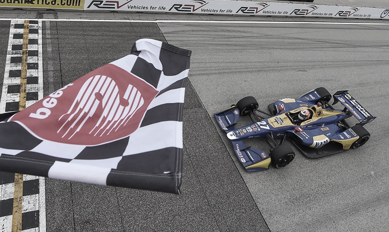 IndyCar: Rossi aplasta en Road America