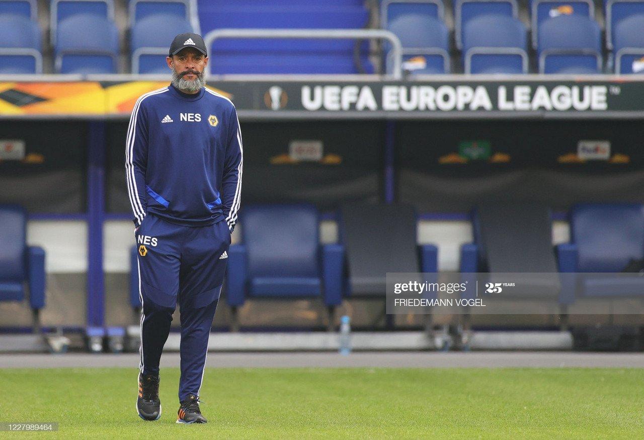 Sevilla reach Europa League final four with late victor