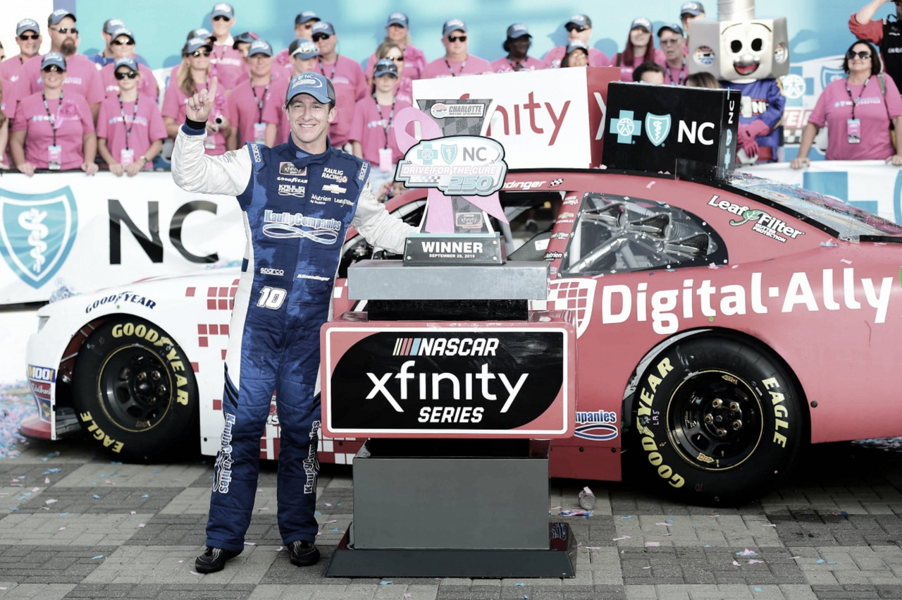 Xfinity Play-Off: Victoria de Dinger