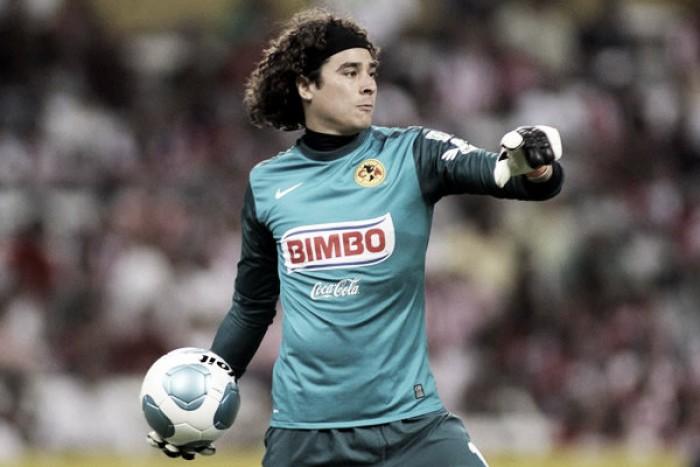 Se cumplen trece años del debut de Guillermo Ochoa con las Águilas