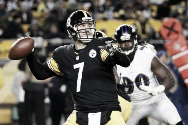 Big Ben destroza a los Ravens y entra en la historia