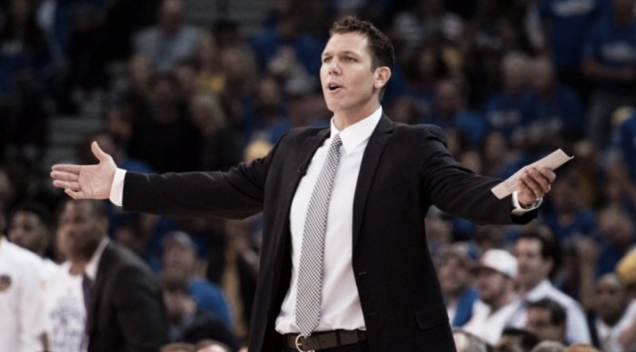 Los Angeles Lakers hire Luke Walton as head coach