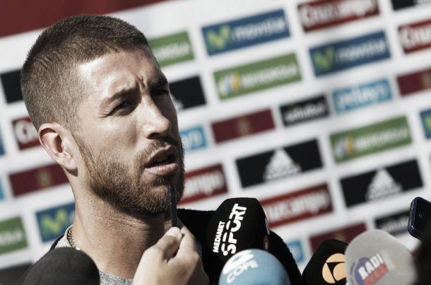 """Sergio Ramos analizza il derby: """"Chi non è pronto alle critiche se ne vada dal Real Madrid"""""""