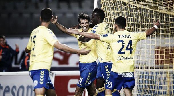 Deportivo de La Coruña - Las Palmas: con Valerón vestido de amarillo