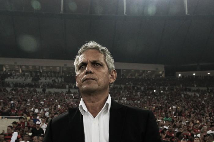"""Abatido, Rueda lamenta vice-campeonato do Flamengo na Sul-Americana: """"Golpe duro"""""""