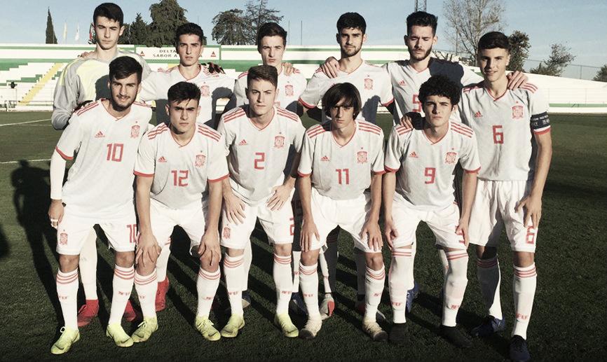 La Roja Sub 18 rescata un empate
