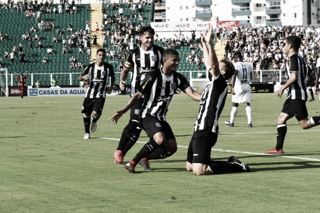 Goleiro Denis pega pênalti, Figueirense vence Tubarão e é único time 100% do Catarinense