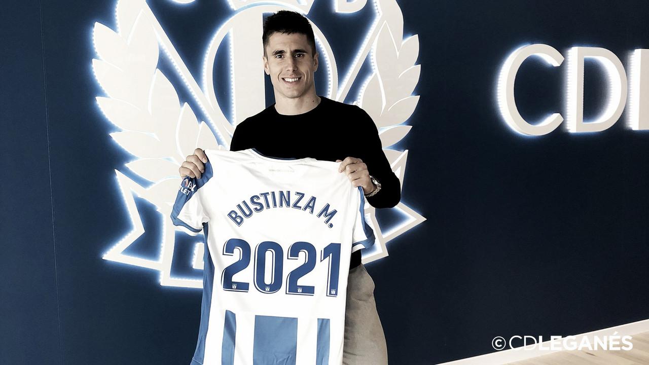 Unai Bustinza firma con el club pepinero hasta 2021