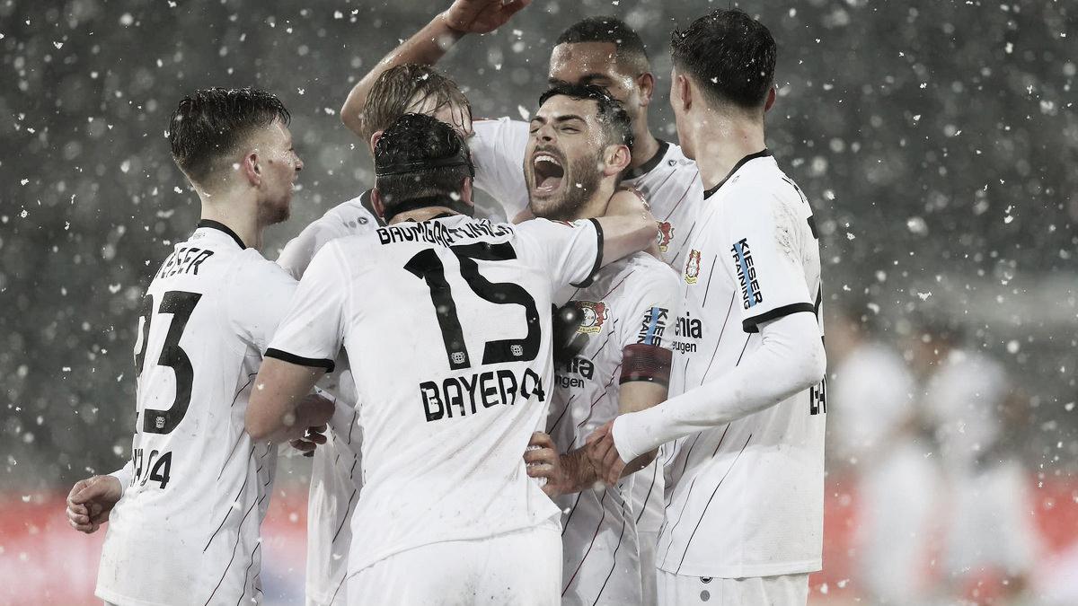 Bayer Leverkusen vence Hannover em jogo marcado por muita neve
