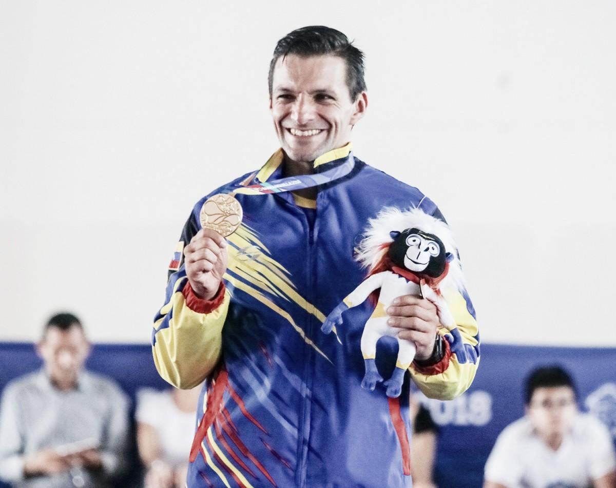 Karateca Antonio Díaz obtuvo sexta presea dorada en Centroamericanos