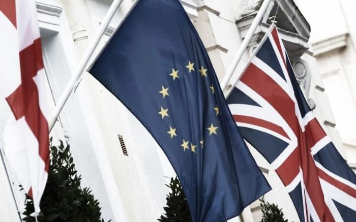 Saída do Reino Unido da União Europeia afetará clubes ingleses; entenda