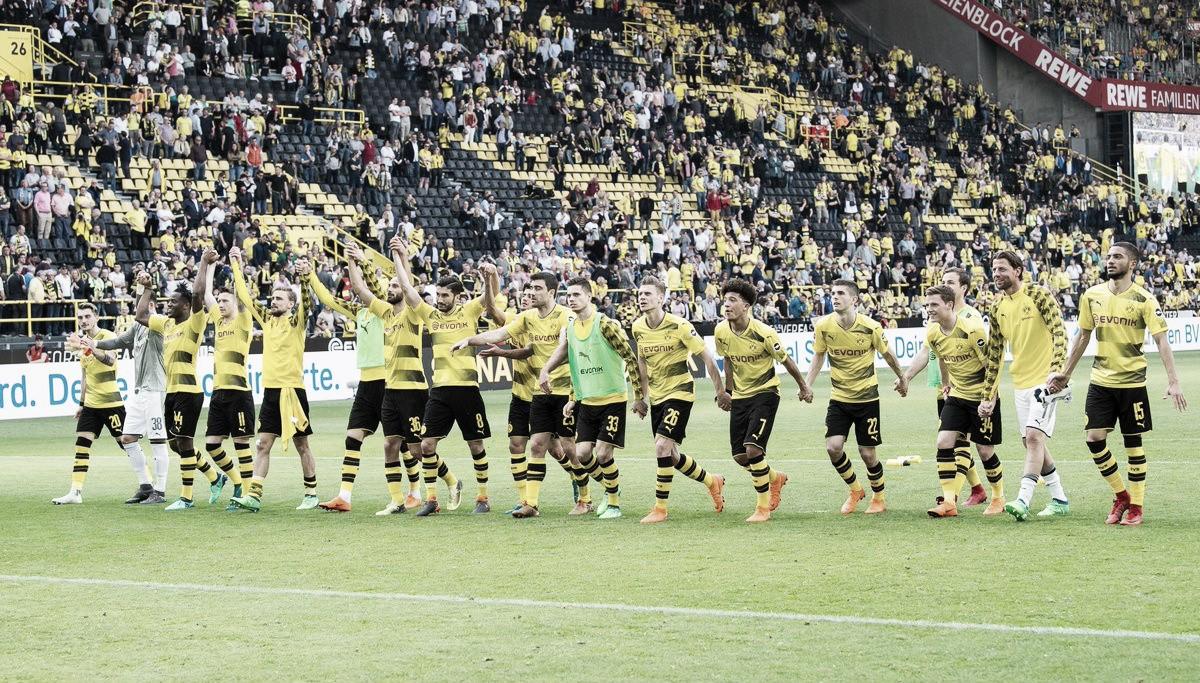 """Técnico do Dortmund, Peter Stöger comemora vitória sobre Stuttgart: """"Estamos muito felizes"""""""
