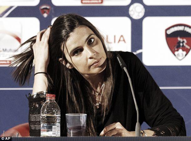 Helena Costa abandona Clermont