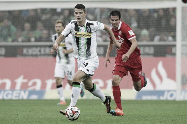 Karius y la mala puntería impiden al Borussia Mönchengladbach colocarse colíder