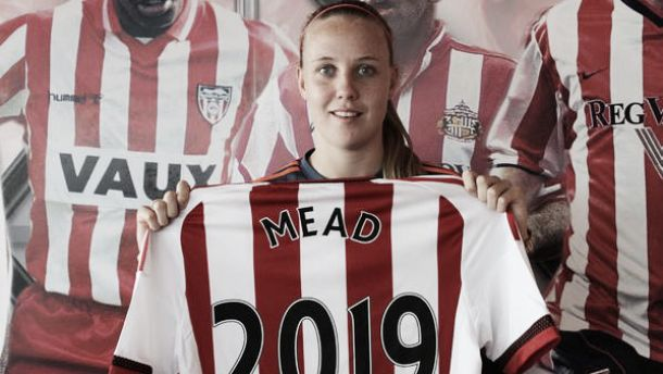 Beth Mead signs new deal with Sunderland