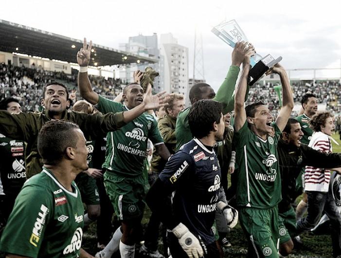Há 10 anos: relembre quem foram os campeões estaduais no ano de 2007