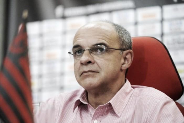 """Bandeira de Mello ironiza Paulo Nobre: """"Mancha foi a expulsão do Márcio Araújo contra Palmeiras"""""""