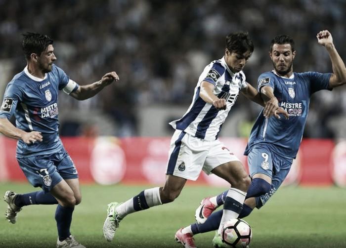FC Porto x Feirense : atrasos na corrida